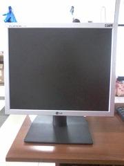 ЖК монитор LG 17