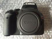 Canon EOS Rebel T2i / 550D 18, 0 МП Цифровая зеркальная камера
