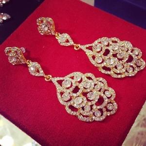Красивые свадебные сережки в наличии!