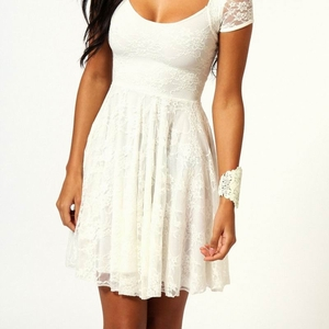 Белое Кружевное платье с рукавом размер M, XL F2206-1 5000 тг