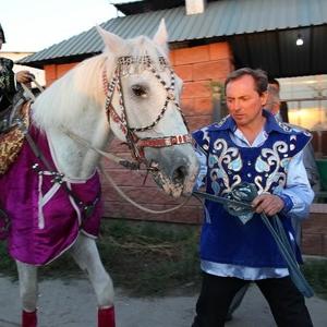 конь большой и маленький