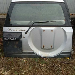Крышка багажника Toyota Land Cruiser Prado 95