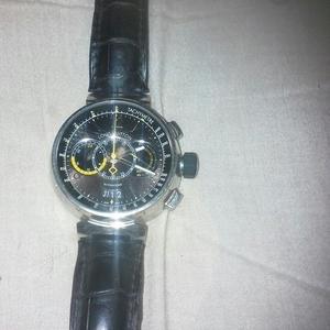 Продам часы louis vuitton оригинал не дорого