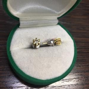 Серьги гвоздики с бриллиантами 750 пробы бриллиантты 3.8мм