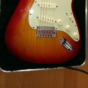 гитара Fender strat delux ash