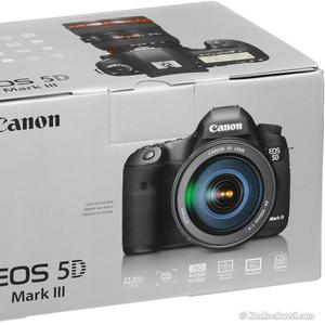 Canon EOS 5D Mark III EF 24-105mm F / 4 Комплект объектива
