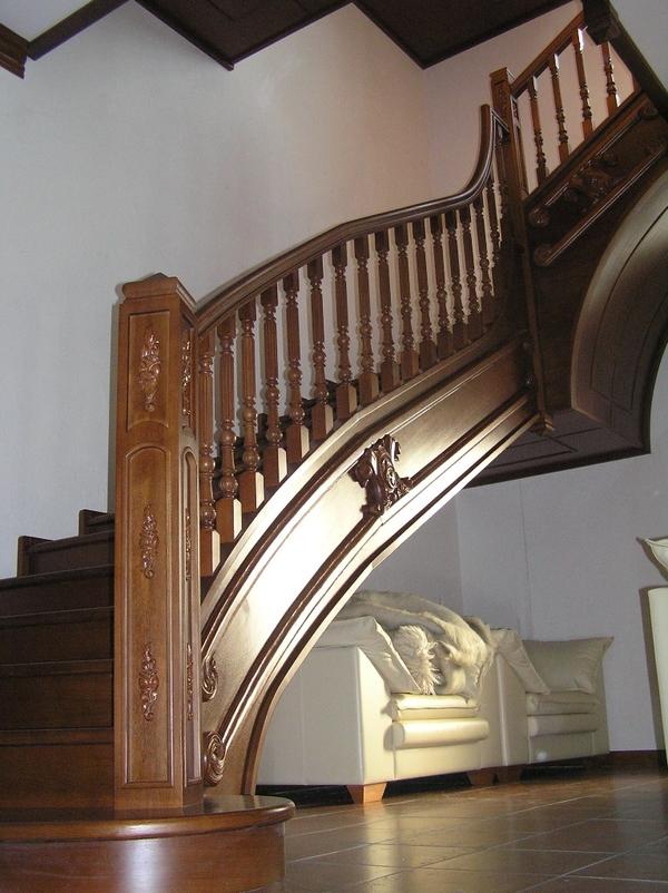 Деревянные лестницы высокого качества 2