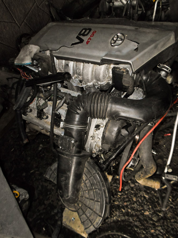 Lexus LX470  авторазбор  в  Алматы.