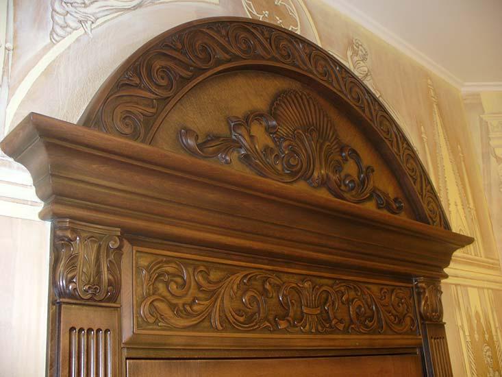 Установка металлической двери в деревянном доКошки масДомики