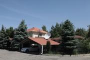 Продается элитный дом в двух уровнях,  а также гостевой дом с сауной