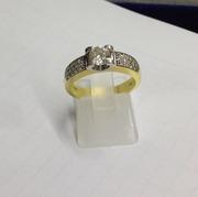Продам Кольцо с бриллиантами